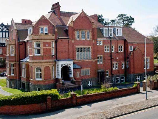 Весняні канікули в Англії, на Ла-Манші | Earlscliffe College