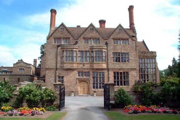 Школа-пансион для девочек Adcote International Boarding School | Литтл-Несс, Англия