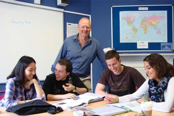Курсы английского языка в Англии, Борнмут | MLS