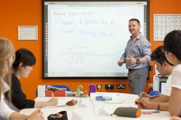 Подготовка к IELTS в Англии, Брайтон | EC