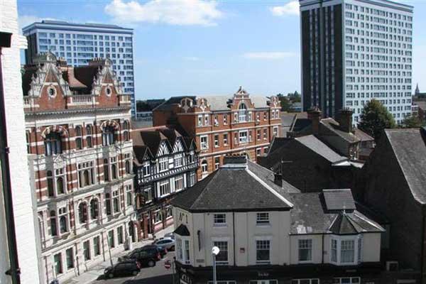 Подготовка к IELTS в Англии, Портсмут | LSI