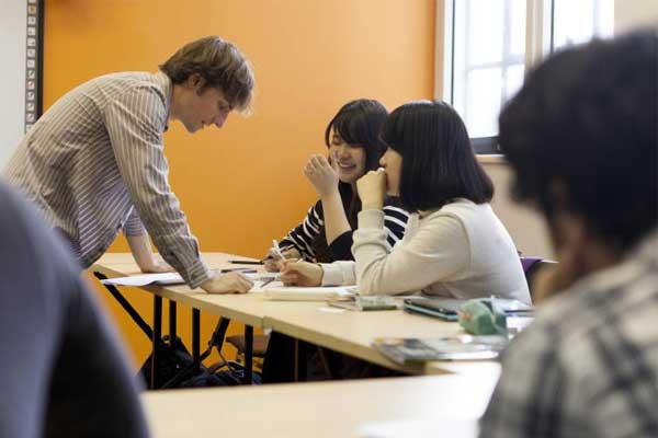 Курсы французского языка в Канаде, Монреаль | ЕС