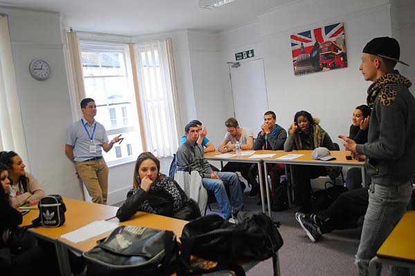 Курсы английского языка в Англии, Гастингс | Shane Global