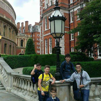 Щоденник зі школи The Cavendish School of English, Англія