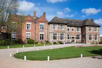 Английский для всей семьи в Англии, Озуэстри | Moreton Hall