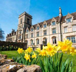 Літні канікули в Англії, Сайренсестер | Royal Agricultural University