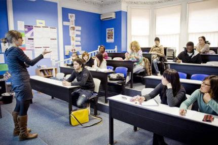 Англійська + право, бізнес і фінанси в Англії, Кентербері | CATS College Canterbury