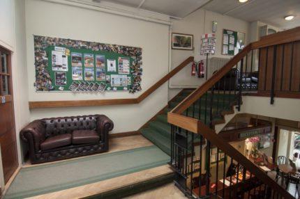 Канікули в Англії, Лондон | Burlington School