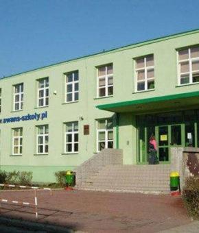 Международный лицей и техникум «АВАНС», Кельце, Польша