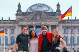 Приведи друга, чтобы вместе учиться в лучших университетах Германии!